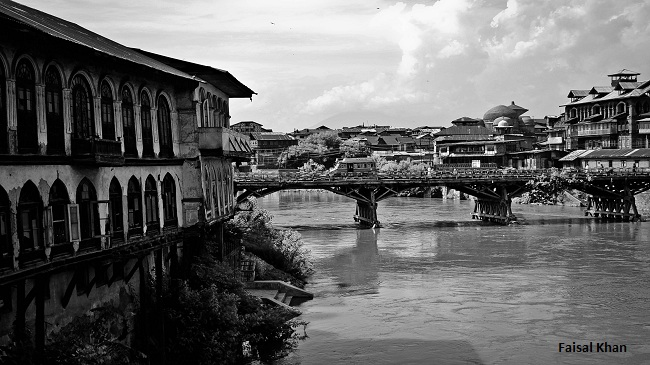 Heritage houses in downtown Srinagar