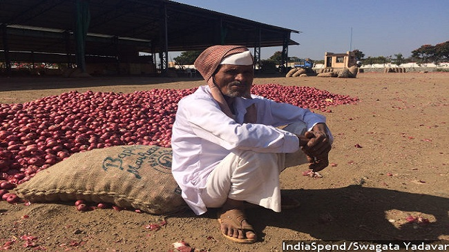 Demonetisation Woes: Onion Rates Halve, Farmers Have No Cash, Can't Go Cashless