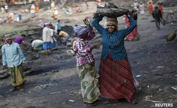 Modi Govt's Eternal Dilemma: How To Own NREGA Without Crediting The Congress
