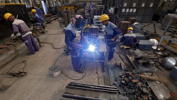 More Layoffs Likely As India's Manufacturing Sales Shrink